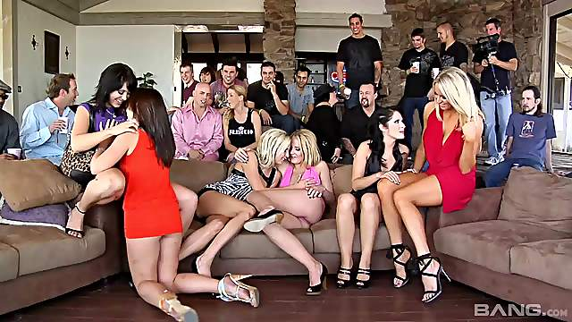 Beautiful porn hotties gets pussy screwed hardcore in naughty group orgy