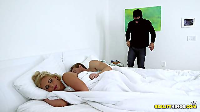 Burglar leaves his mask on while fucking a hot blonde