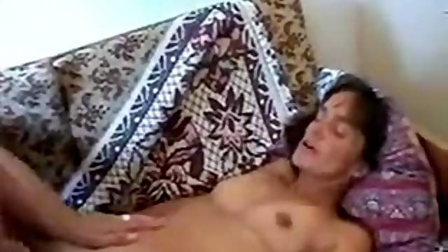 Tinny Sexy Cougar Fucked By Young Guy Voyeur