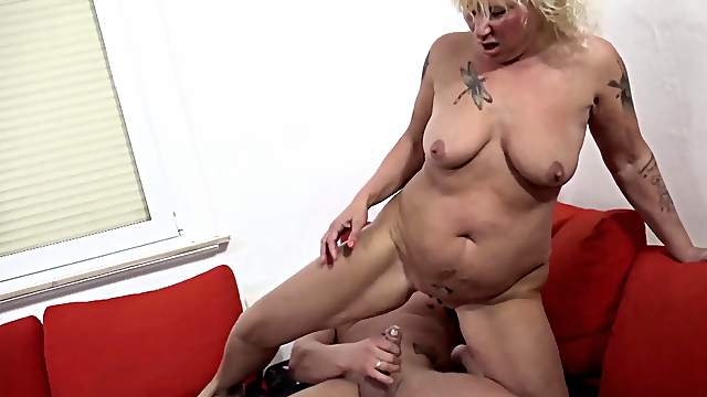 Horny German mature BBW opens her legs to be fucked balls deep