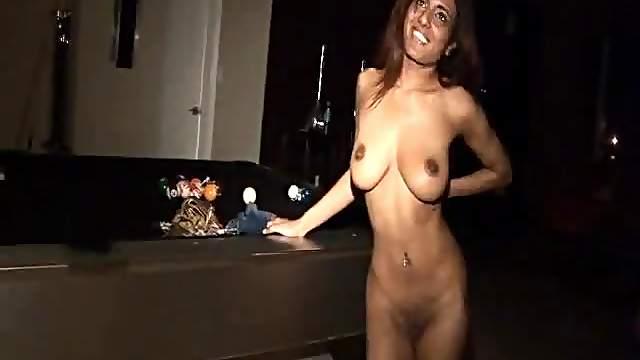 Gorgeous Pakistani girl fucked in porn movie
