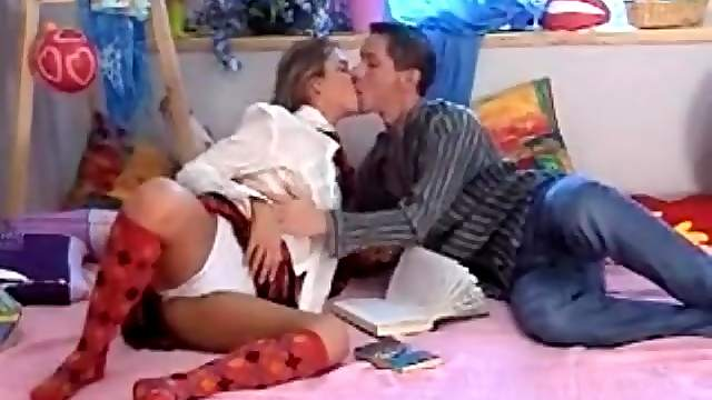 Intense kissing session with his schoolgirl GF