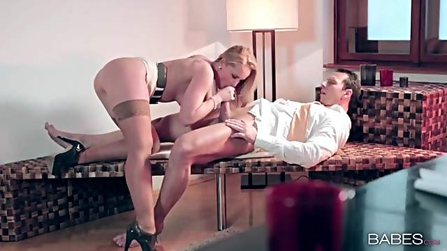Hot blonde milf makes cock riding look glorious