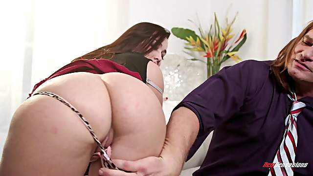 Curvy brunette in a thong giving massive python stunning blowjob