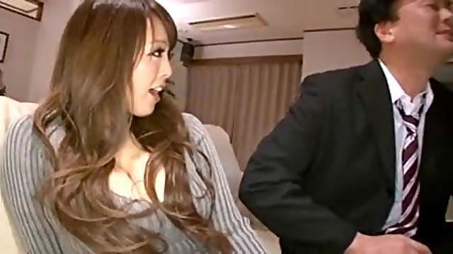 Hitomi Tanaka fucks with husband and his friend