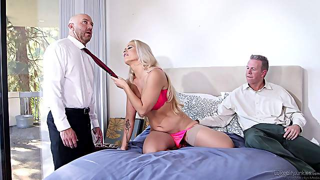 Blonde Milf in nylons Dp-ed by two guys in bed