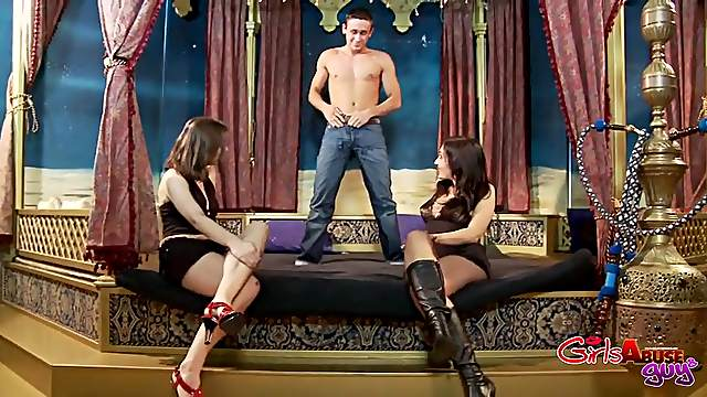 Dirty man loves being fucked by Angel Velvet and Jessica Potter
