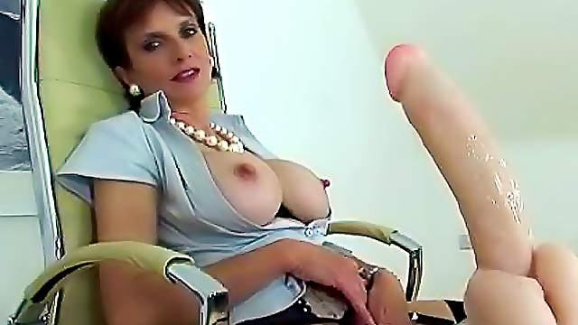 My horny milf with big nipples Horny Milf With Big Tits And Nipples And She Posing In Fr Any Porn