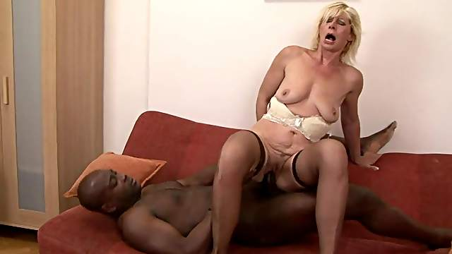 Fatty mom fuck with giant black dick