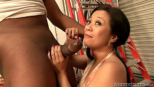 Asian bitch gets her gash fucked by black dude