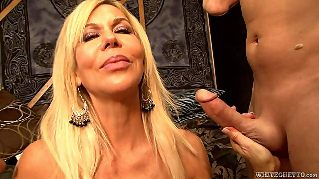 Gangbang sex for the busty blonde Erica Lauren
